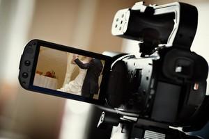 предоставляем услуги фотографа и видеооператора на свадьбы, дни рождения, юбилеи, корпоративы и прочие праздники