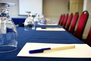 поможем организовать семинар, презентацию, выступление, конференцию